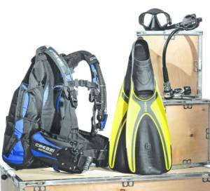 Must-Have Scuba Diving Gear: A Guide
